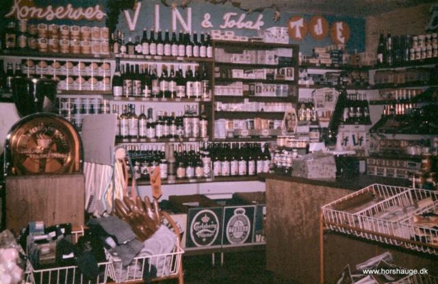 Gammel butik med vin & tobak området i 1960´erne